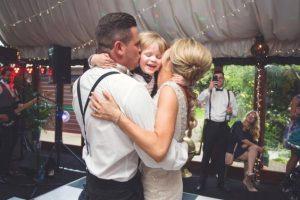 授かり婚で結婚式を挙げるなら?<BR>マタニティウェディング?パパママキッズ婚?<BR>◆メリットデメリット◆
