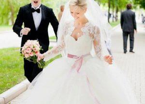 女の子の憧れるウェディングドレス<BR>*VERA WANG BRIDE*特集