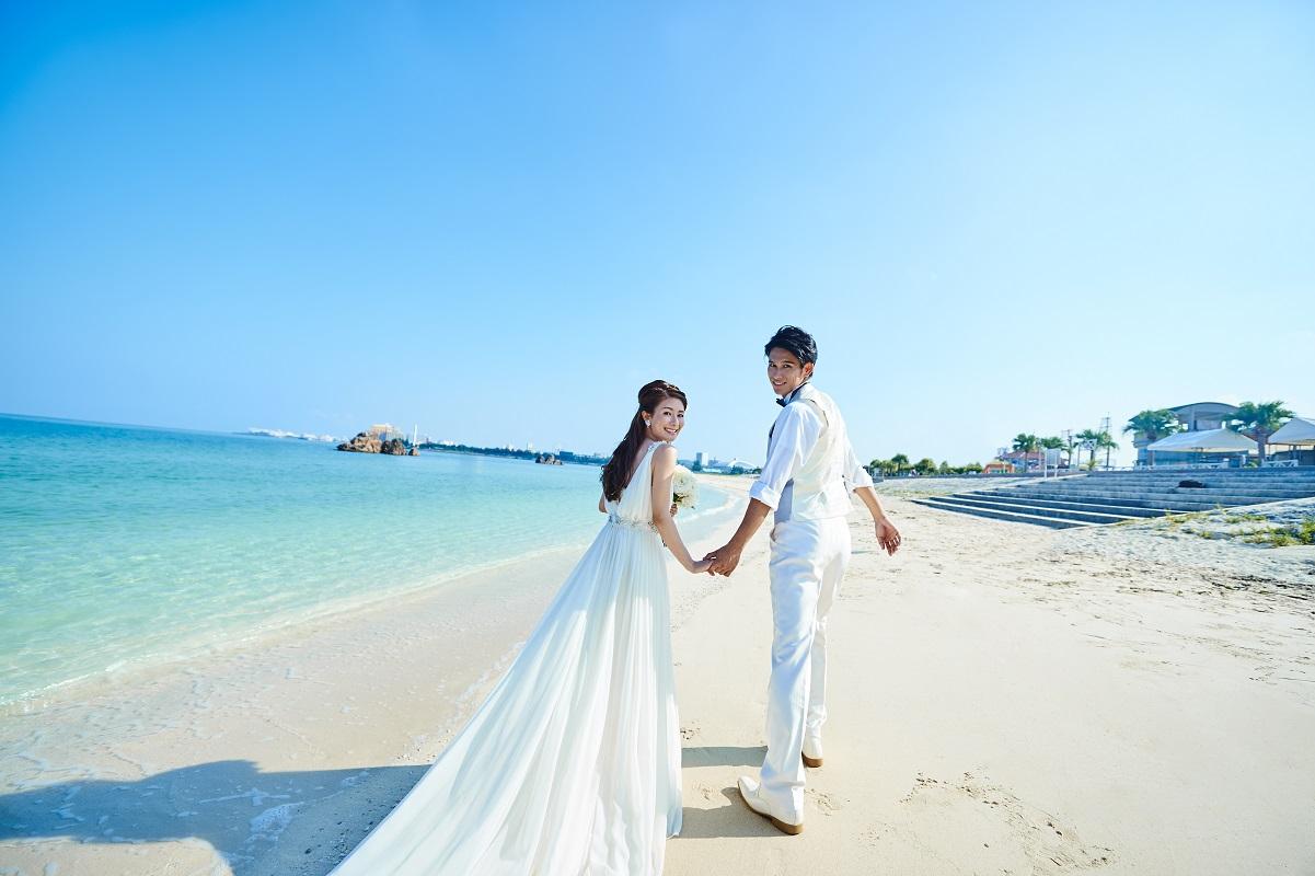 【光貴ファンタジスタウェディング】沖縄本島ビーチ撮影プラン♪