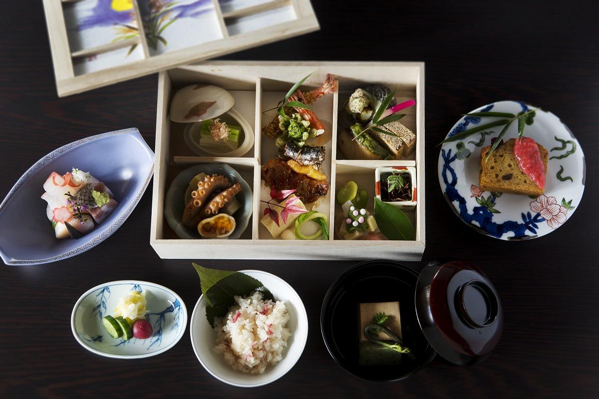 【箱根リトリート villa 1/f】<br/>箱根神社×食事付きプラン