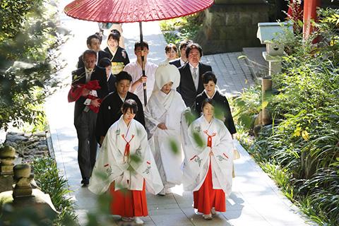 来宮神社で叶える<br/>熱海ウェディング